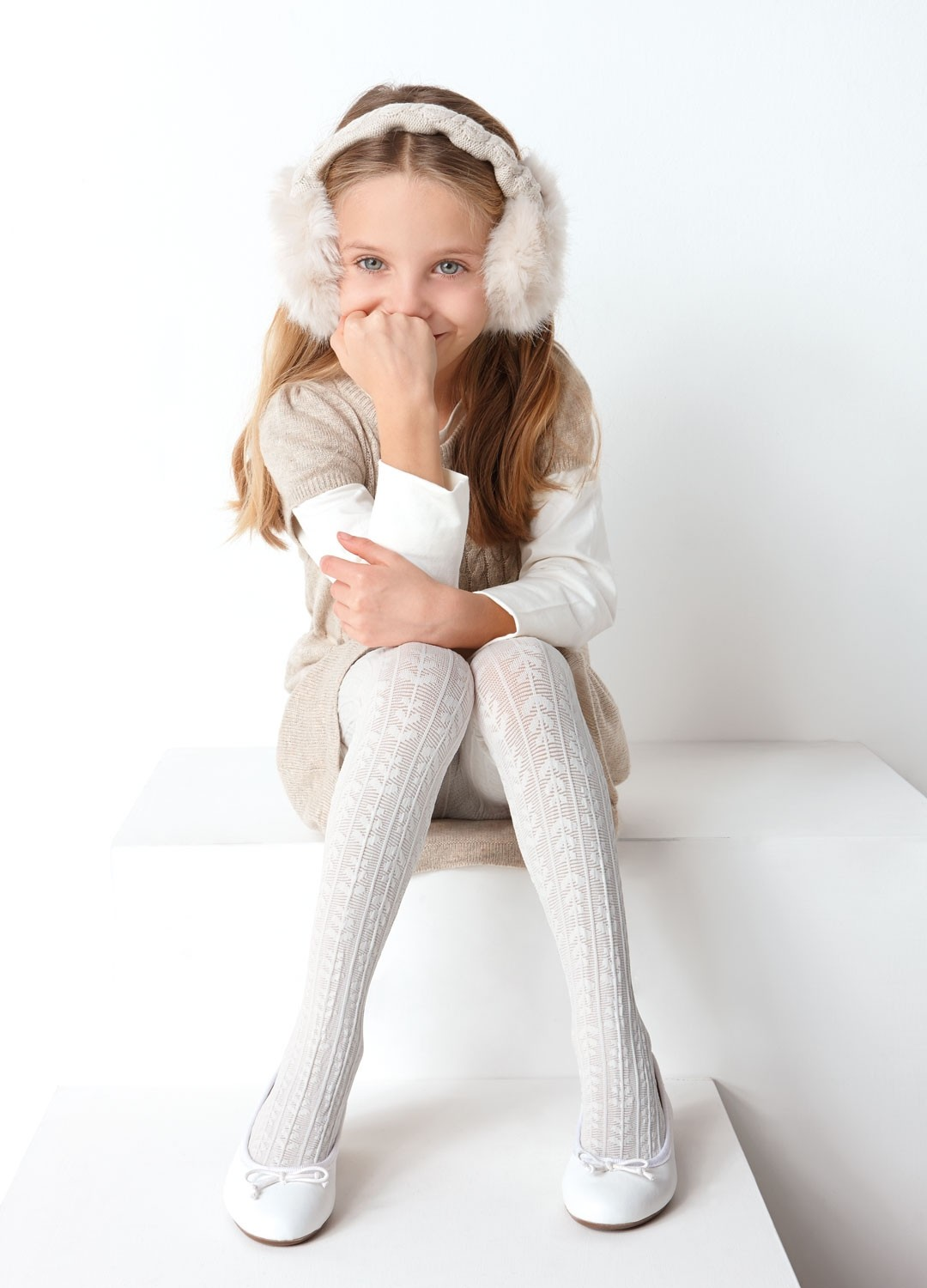 Tights made from merino wool and cotton for baby, toddler and children. Plain and stripe merino tights, cotton tights, baby tights & school uniform tights.